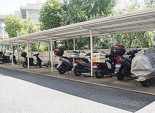 マンション(建物一部)-神戸市兵庫区滝山町 駐輪スペース・バイク置き場あり