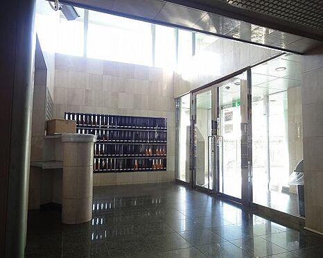 マンション(建物一部)-京都市南区東九条北松ノ木町 落ち着いた印象のロビー