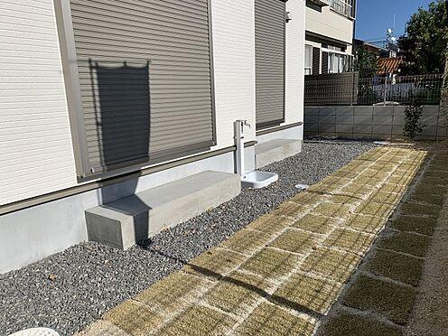 新築一戸建て-豊田市今町6丁目 お庭で遊ぶお子様達を眺めながら、ご夫婦でゆっくりお茶を飲むのもいいですね♪