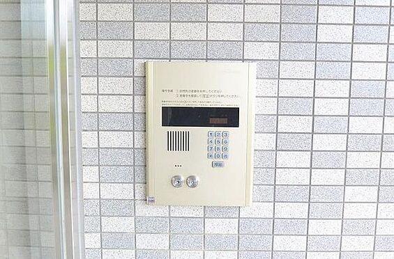 マンション(建物一部)-大阪市淀川区西中島1丁目 オートロック付きで防犯にも配慮あり。