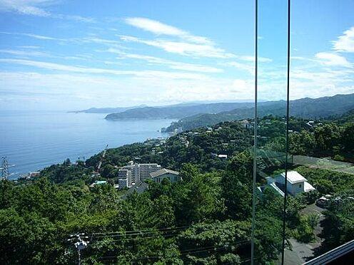 リゾートマンション-熱海市伊豆山 空中散歩をしているような不思議な感覚がお楽しみ頂けます。