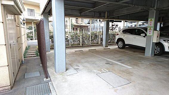 マンション(建物一部)-印西市原2丁目 屋根付駐車場1台分付無料