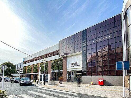アパート-浦安市当代島2丁目 快速停車駅の浦安駅まで徒歩6分。