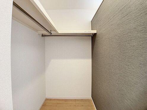 新築一戸建て-名古屋市名東区梅森坂3丁目 主寝室には収納力の高いウォークインクローゼット付き!