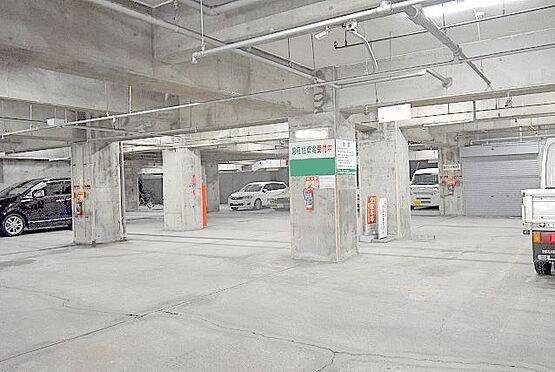 マンション(建物一部)-大阪市淀川区西宮原2丁目 広い駐車場もあります。