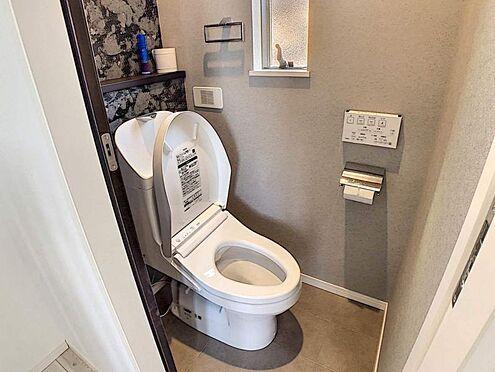 中古一戸建て-豊明市栄町殿ノ山 トイレは1階と2階にあります。