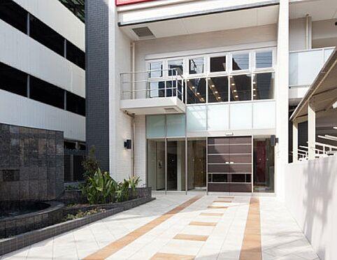 マンション(建物一部)-大阪市北区中崎西4丁目 明るく陽当たり良好なエントランス