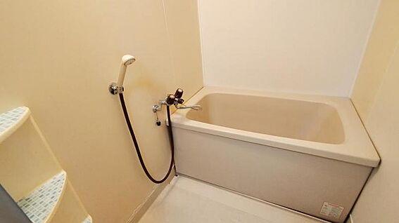 中古マンション-福岡市西区今宿青木 浴槽です☆