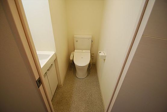 マンション(建物一部)-港区赤坂2丁目 トイレ