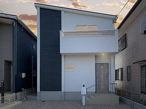 新築一戸建て-西尾市伊藤2丁目 暮らしやすさにこだわったナカジツのAsobiデザインハウス。今まで満足できる物件に出逢っていない方にもおすすめ。ワンランク上の住み心地をテーマに、お客様のご希望を叶えます。