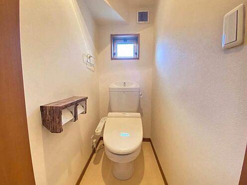 戸建賃貸-東海市加木屋町畑尻 トイレは2か所ございます。