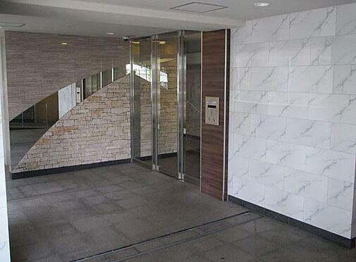 マンション(建物一部)-大阪市福島区玉川3丁目 清潔感のあるエントランス。