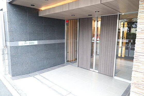 中古マンション-横浜市神奈川区平川町 落ち着いた雰囲気のエントランス