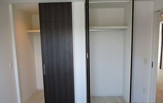 中古マンション-豊田市田中町5丁目 各居室に収納スペースございます! 収納力バッチリです◎