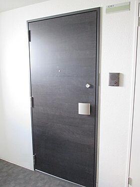 マンション(建物一部)-福岡市東区箱崎2丁目 大きく高級感のある玄関ドア