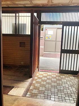 中古テラスハウス-大阪市生野区桃谷4丁目 玄関