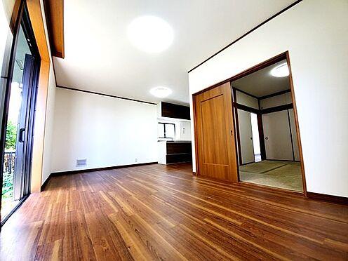 中古一戸建て-相模原市中央区横山台1丁目 リビングと和室が隣です!