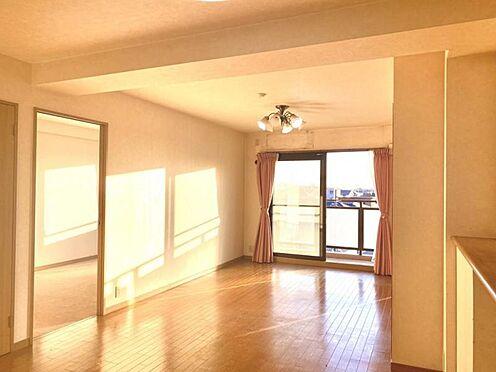 中古マンション-豊田市日南町5丁目 バルコニーに面しており明るい光が入り込みます。