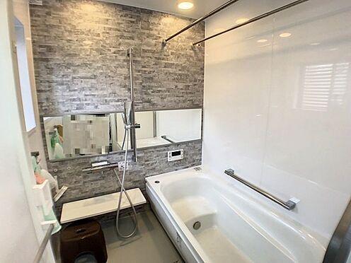 戸建賃貸-半田市亀崎高根町3丁目 浴室乾燥・暖房機能付きで小窓も付いており換気がしっかりできます