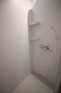 中古マンション-横浜市磯子区杉田4丁目 三点ユニットからシャワールームとトイレを分離しました。