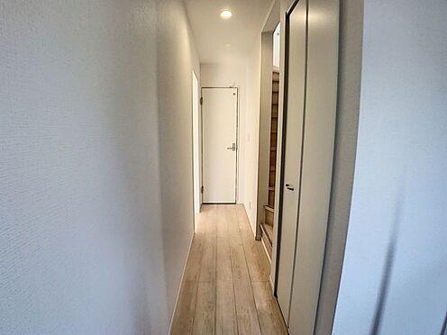 新築一戸建て-名古屋市名東区赤松台 収納スペースがある廊下