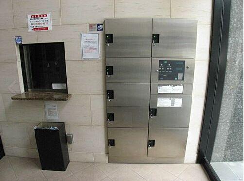 マンション(建物一部)-大阪市西淀川区野里1丁目 宅配ボックスもあるからお出かけの際も便利。