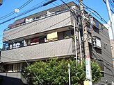閑静な住宅街に建つ平成7年築の低層型マンションです