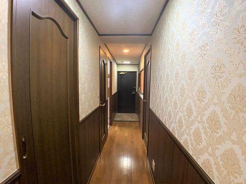 区分マンション-稲沢市祖父江町祖父江北川原 風通し良好な廊下