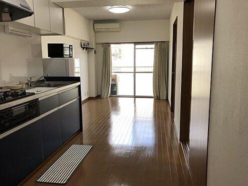 中古マンション-千葉市稲毛区黒砂台3丁目 約10.5帖のLDK。画像に写っている家電製品はそのままお渡しすることが出来ます。