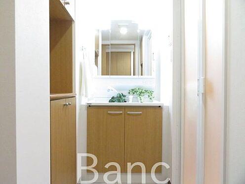 区分マンション-横浜市保土ケ谷区東川島町 お洒落な洗面台です。