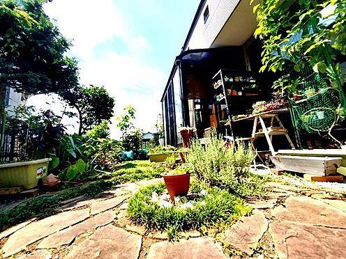中古一戸建て-日野市大字川辺堀之内 外にでても良しリビングから眺めるのも良し!植物鑑賞が楽しめる広々庭付一戸建て!
