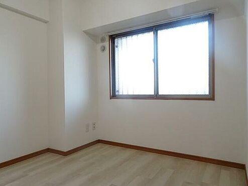 マンション(建物一部)-北九州市小倉南区中曽根1丁目 窓辺からの日差しがあたたかさを演出します。
