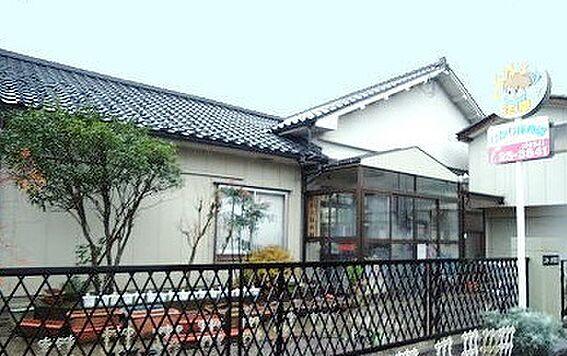 アパート-新発田市中曽根町3丁目 ひかり保育園(428m)
