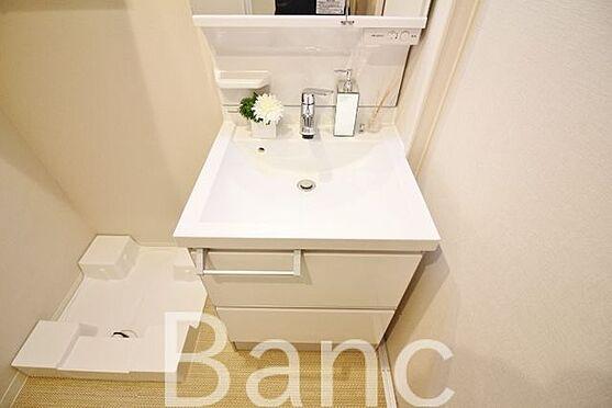 中古マンション-中野区南台5丁目 綺麗で使いやすい独立洗面台です。