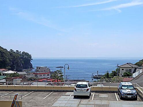中古マンション-伊東市八幡野 〔眺望〕バルコニーからの眺望です。相模湾が綺麗に広がっています。