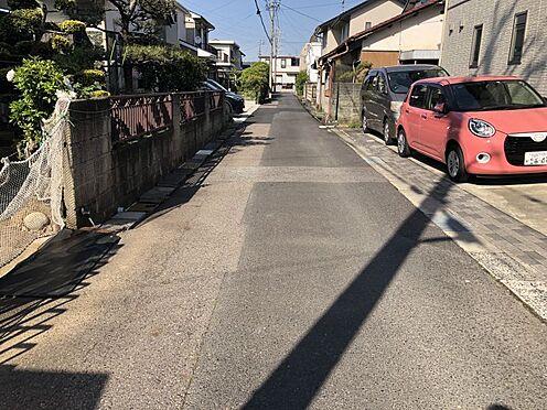 戸建賃貸-春日井市六軒屋町字松山 北西側前面道路幅員約4.0m