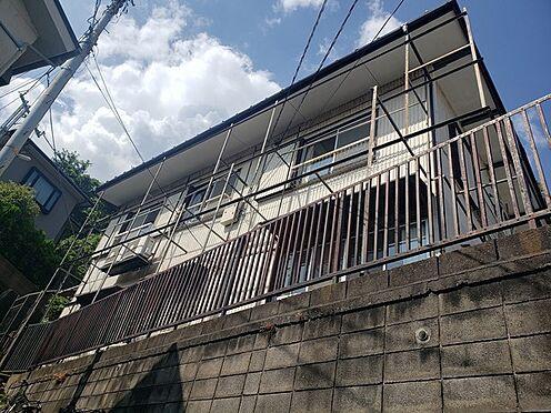 アパート-横浜市南区庚台 交通量の少ない閑静な住宅地です。