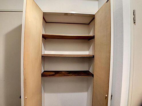 区分マンション-名古屋市南区豊2丁目 ご家族の靴をたっぷり収納できます!
