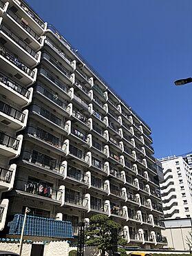 区分マンション-港区芝浦2丁目 白の外壁が特徴の秀和シリーズ