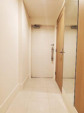 区分マンション-新宿区西新宿8丁目 玄関 家具、備品は販売価格に含まれません。
