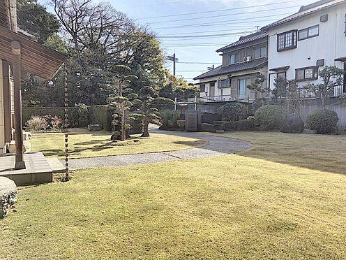 戸建賃貸-知多郡東浦町大字石浜字西平地 お子様・ペットの遊び場やBBQなどで楽しめる広さの綺麗にお手入れされたお庭がございます
