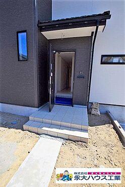 新築一戸建て-岩沼市里の杜3丁目 玄関