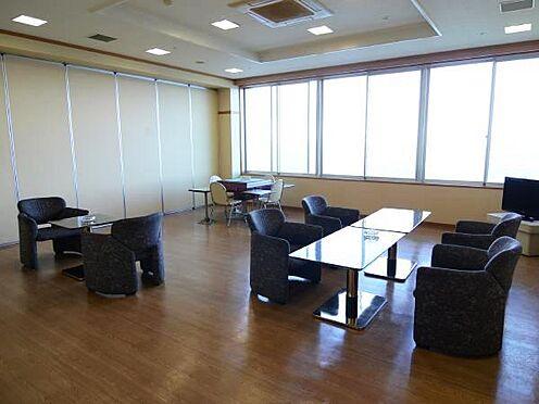 中古マンション-熱海市上多賀 麻雀、喫煙室。10:00−22:00まで。館内は禁煙になっているので、喫煙はこちらにてどうぞ。