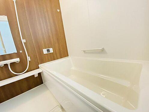 戸建賃貸-春日井市上条町2丁目 梅雨時のお洗濯にも便利な浴室換気乾燥機付き!