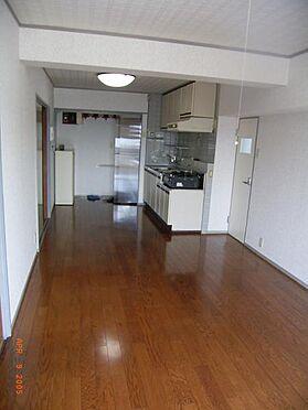 マンション(建物一部)-国分寺市戸倉1丁目 居間