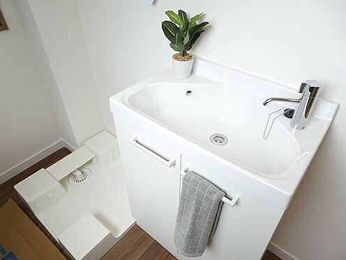 中古一戸建て-中央区佃1丁目 PH階の洗い場と洗濯機置き場