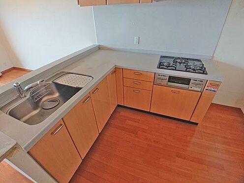 中古マンション-伊東市八幡野 システムキッチンも使いやすいと思います。