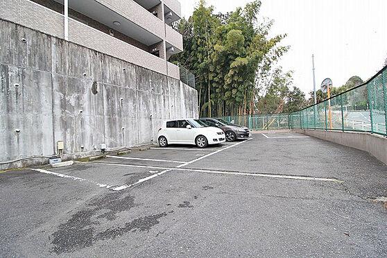 中古マンション-多摩市和田 駐車場