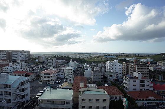 中古マンション-那覇市宇栄原3丁目 共用廊下からの眺望(北西側)