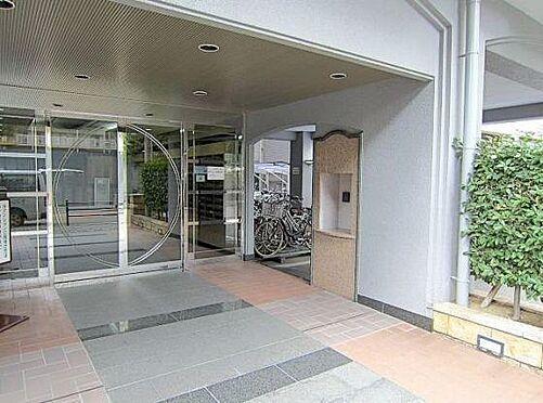 マンション(建物一部)-大阪市淀川区西宮原1丁目 スタイリッシュなデザインのエントランス